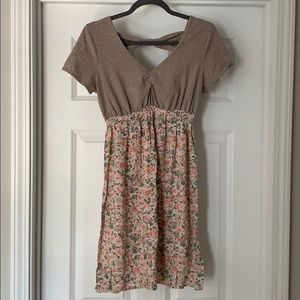 Simple airy maternity dress